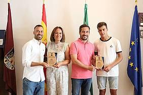 tenientes de alcalde reciben a Fran Mejías y Marcos Rodríguez