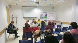 Reunión con colectivos de mujeres.