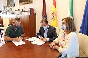 firma convenio con belenistas