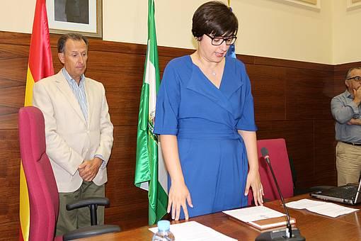 Virginia Forero promete el cargo ante la presencia del alcalde