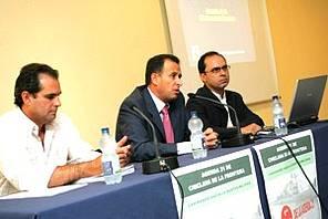 Foto de foro con la participación del Alcalde de Chiclana