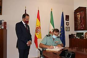 visita institucional al Ayuntamiento por parte del General de la Guardia Civil