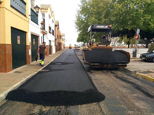 Una de las obras de asfaltado en la ciudad